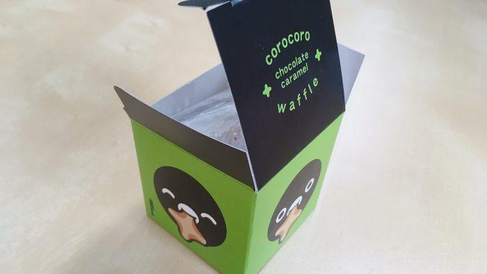 ワッフルケーキのRL(エールエル)グランスタ店の限定スイカペンギンのコロコロワッフルパッケージ
