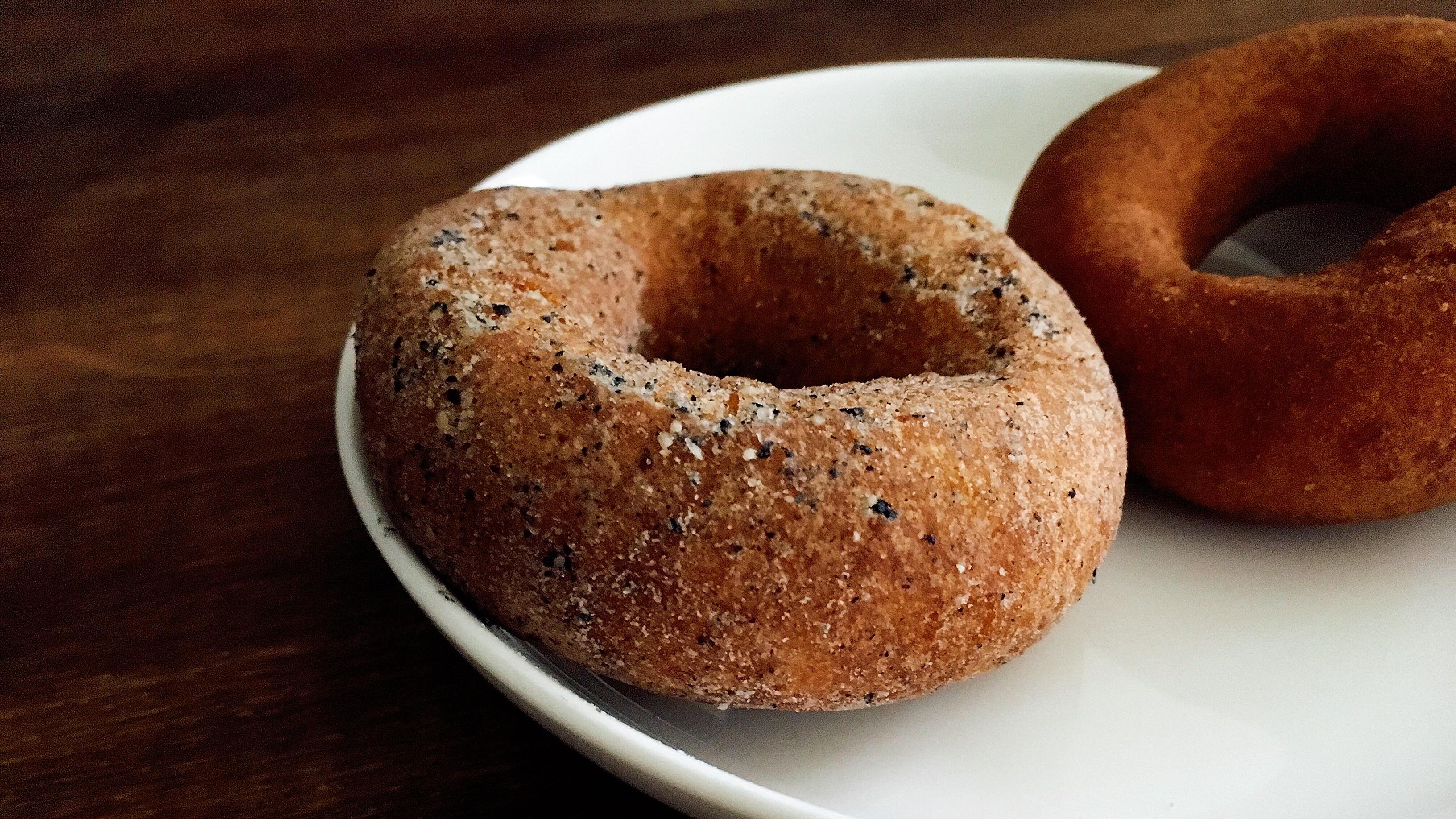 麻布十番のnicoドーナツのゴマミルクドーナツの画像
