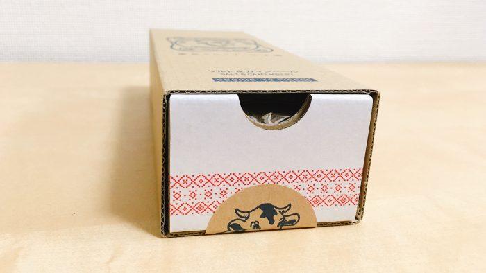 東京ミルクチーズ工場ソルト&カマンベールクッキーのボックス
