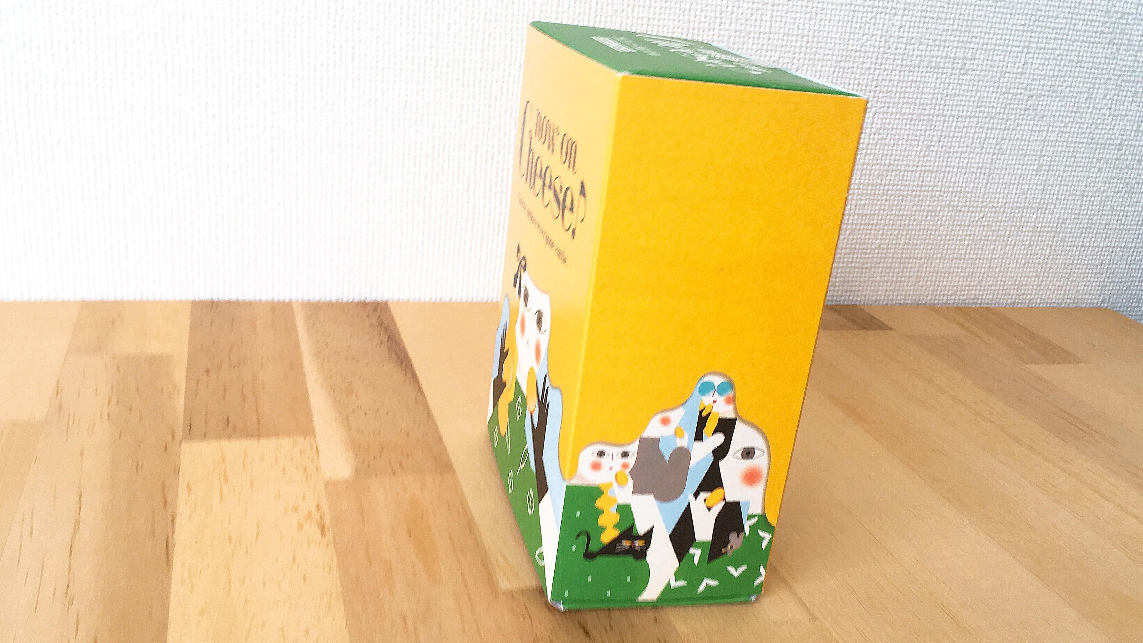 ルミネ新宿のチーズ菓子専門店ナウオンチーズのゴルゴンゾーラ&バジルクッキーの箱側面