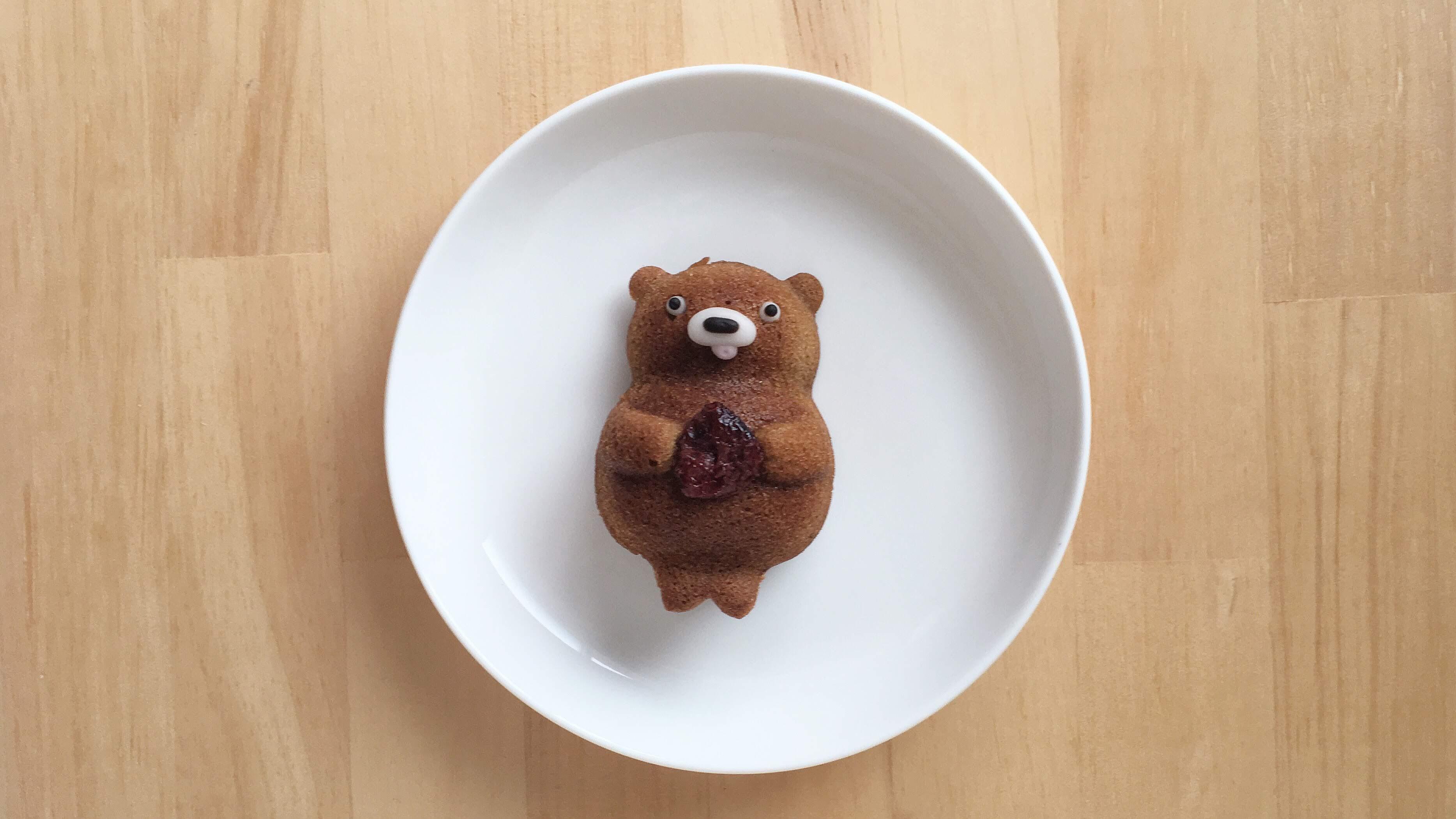 くまやきというかわいいくまの焼き菓子